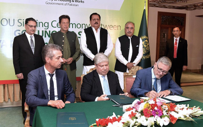 New groundbreaking deal to deliver half a million homes in Pakistan